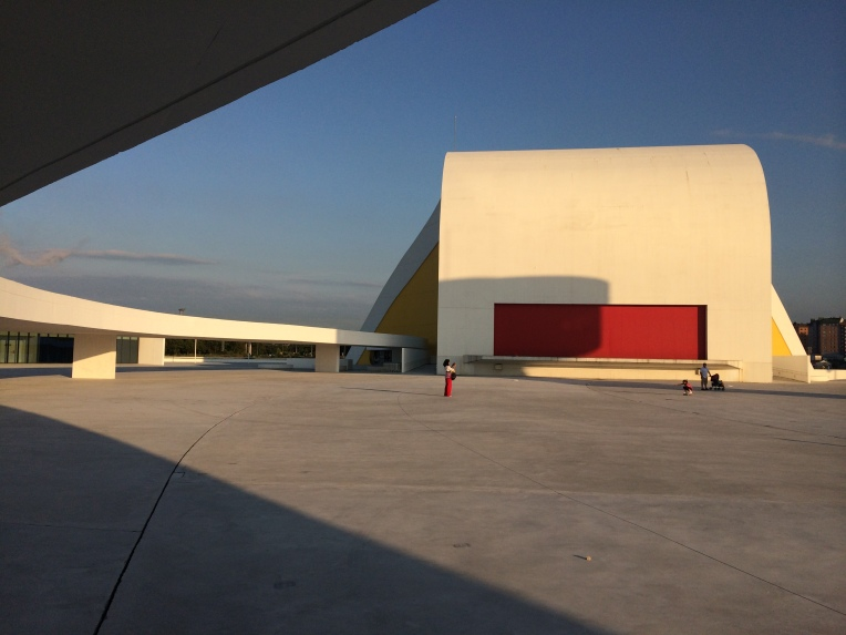 centro-cultural-oscar-niemeyer-aviles-asturias-albnual (6)